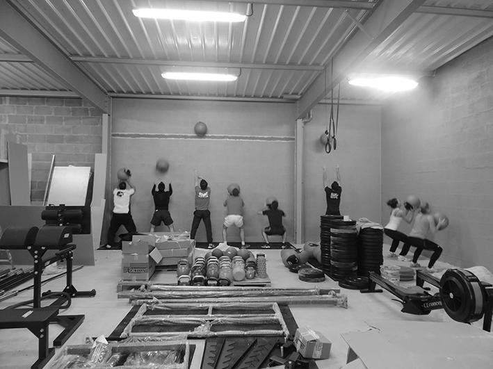 faire-du-crossfit-à-angers-anjou crossfit-box-sport-depuis-2014-maine-et-loire-training